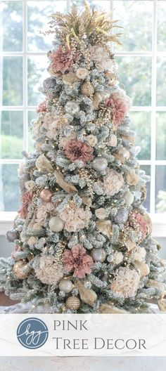 Pretty in pink! Feeling like a fresh change this year? This gorgeous pink and ivory tree with pops o Christmas Tree Colour Scheme, Rose Gold Christmas Tree, Elegant Christmas Trees, Silver Christmas Decorations, Colorful Christmas Tree, Christmas Tree Themes, Merry Christmas, Christmas Manger, Fall Christmas Tree