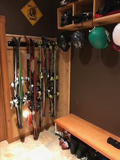 organize your skis so you're ready for the next powder session, with this ski storage rack for your home #skistorage #skiwallrack #storeyourboard