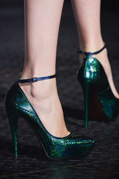Emerald heels / Lanvin. I am a tall woman and I don't wear heals often. But, there is something about these, the colour that is very pretty
