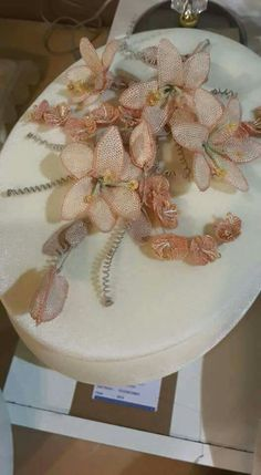 İğne oyası Hobbies And Crafts, Elsa, Embroidery, Flowers, Lace, Needlepoint, Royal Icing Flowers, Flower, Florals