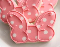 Minnie Mouse Bow Cookies--use a butterfly cookie cutter!