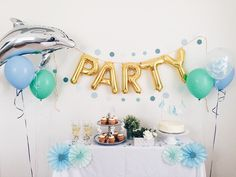 """Party"" Gold Mylar B"