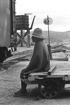 thirtymilesout:  Durango, Mexico 1965 photo: Dennis Hopper