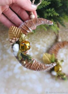 ideas for craft holiday navidad Kids Christmas Ornaments, Handmade Christmas Decorations, Christmas Toys, Homemade Christmas, Christmas Projects, Christmas Holidays, Yule Crafts, Holiday Crafts, Holiday Ideas