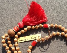 EdelEdelsteinSchmuck auf Etsy Coral, Charmed, Bracelets, Etsy, Jewelry, Fashion, Fashion Styles, Gems Jewelry, Rhinestones
