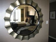 The do's and don'ts of decorating with mirrors at home.
