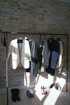 RackBuddy Cassidy - elegant clothing rack with adjustable legs.