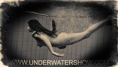 Nude girls swimming under the water Girls Swimming, Real Beauty, Girls Be Like, Female Form, Female Bodies, Underwater, Erotic, Zero, Lovers