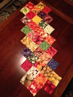 Eat Your Fruits & Veggies Table Runner by ... | Quilting Ideas - see Jenny Doan's tutorial at Missouri Star Quilt