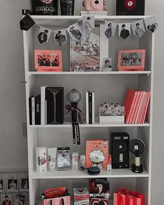 ᴹᴱ-ᴱᴬᴿᴬ ♡♡♡♡♡♡♡♡♡♡♡♡♡♡♡♡♡♡ ᴹᴱ-ᴱᴬᴿᴬ … bts military album map of the soul: persona … kpop pink merchandise assortment collector merch ♡ Army Room Decor, Living Room Decor, Bedroom Decor, Budget Bedroom, Bedroom Wall, Cute Room Ideas, Cute Room Decor, Dream Rooms, Dream Bedroom