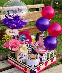 Diy Birthday Box, Happy Birthday Decor, Diy Birthday Decorations, Balloon Decorations, Birthday Gifts, Creative Gift Wrapping, Creative Gifts, Cute Gifts, Diy Gifts