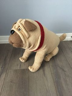Pug dog crochet pattern. This cute crochet Pug dog you can make by yourself. Pattern is easy to follow, but it requires a lot of work. If you use on it Red Heart Super Saver jumbo yarn you get big gorgeous real size dog. Pattern is in English on 29 pages, has a lot of pictures. It