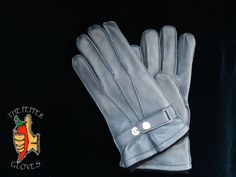 Deerskin gray leather winter men gloves with cashmere lining size 9 - JULIEN Mens Gloves, Leather Gloves, Mitten Gloves, Mittens, Grey Leather, Leather Men, Deerskin, Classic Wardrobe, Men's Collection