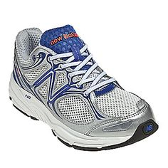 Neutral walkers and runners can count on cushioned comfort in New Balance Women's W840v2 Running Shoes. This shoe is built with low-profile N2 technology for long-lasting cushioning. Plus, the flexible ACTEVA™ LITE midsole adds extra comfort without weighing you down.