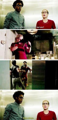 Felicity Smoak is a bad ass SINCE ALWAYS. #ArrowSeason4Trailer