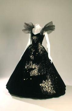 Dress Worn By Greta Garbo in the film Camille. (1936) Dark Fae costume idea.