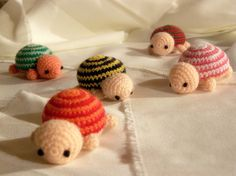 @Renée-Marie Inaba! Turtles! Now I really have to learn to crochet. And save up so we can go to Costa Rica and save the wee turtles...