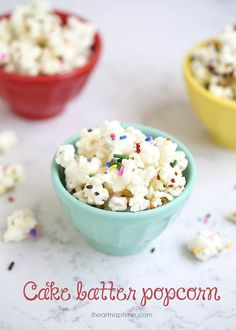 Cake batter popcorn - the easiest and yummiest treat you will ever make! Only takes 5 minutes and 4 ingredients to make! @iheartnaptime