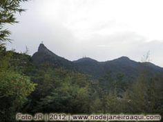 Cadeias de montanhas do maciço da Tijuca e Corcovado