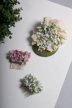 Tocado floral .....