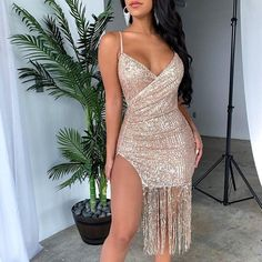 Color : Black, Gold Material : Polyester Neckline : V-Neck Style : Sexy & Club Occasion : Party The post Sexy Tassel Split Sparkly Sequins Midi Bodycon Dresses appeared first on TD Mercado. Pink Party Dresses, Sexy Dresses, Girls Dresses, Short Dresses, Backless Mini Dress, Bodycon Dress, Summer Dresses For Women, Trending Outfits, Midi Skirts