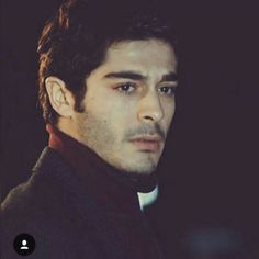 Burak Deniz ❤ Hayat And Murat, Man Crush Everyday, Hande Ercel, Boys Dpz, Turkish Beauty, Turkish Actors, Actor Model, Barista, Beautiful Boys