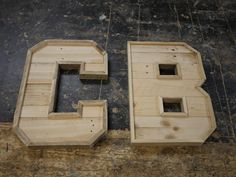 Learn how to make your own wooden marquee letter from pallets and reclaimed with various powertools. You will gain confidence & skills in this creative. Pallet Letters, Wooden Letters, Homemade Christmas Gifts, Letter B, Typography Letters, My Room, Crates, Workshop, Diy Crafts