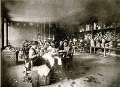 Производња сламнатих шешира Радомира Јокића - Manufacturing shop of straw hats, belonging to Radomir Jokic, Belgrade 1913/14