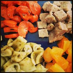 Toddler lunch 4.17.14: Thyme and maple syrup oven roasted carrots, homemade Italian meatballs, tortellini & pesto, reconstituted dried apricots. (12mo+) #toddlerfood #toddlermeals