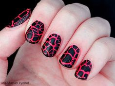 Ida-Marian kynnet / Crocodile effect-polish / #Nails #Nailart