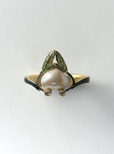 René Lalique - Art Nouveau Gold Ring 1905.
