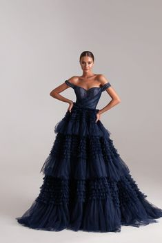 Party Dresses Online, Prom Dresses For Sale, Evening Dresses, Indian Fashion Modern, Prom Dress Couture, Strapless Dress Formal, Formal Dresses, Formal Wear, Dress Silhouette