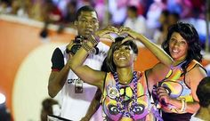 Tichina shows her love for Bahia during Carnaval on the Olodum float. #Olodum #SalvadordaBahia #BahiaCarnaval #TichinaArnold #Rochelle #TodoMundoOdeiaoChris #EverybodyHatesChris #Brazil