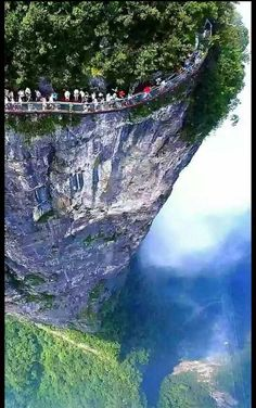 High Glass 4600ft Walk in Northern Hunan,