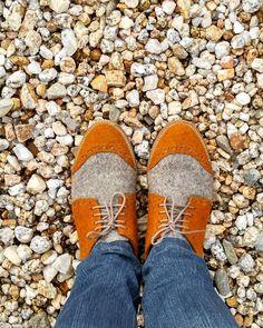 Prepare-se para o Natal com estas cores aconchegantes ! Estes sapatos Derby estão agora com 30% de desconto... Compre já!  #realis… Bean Boots, 30, Derby, How To Wear, Instagram, Design, Fashion, Shoes, Yule