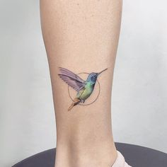 ▷ ideas and models for beautiful little tattoos - Coole Tattoos - Minimalist Tattoo Little Tattoos, Mini Tattoos, Body Art Tattoos, Tattoos For Guys, Tattoos For Women, Tiny Bird Tattoos, Cute Animal Tattoos, Shape Tattoo, Delicate Tattoo