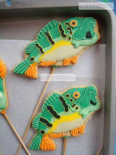 Fish Cookies~ By Sugarbug Green, Orange, bass Fancy Cupcakes, Fancy Cookies, Cute Cookies, Cupcake Cookies, No Bake Sugar Cookies, Iced Cookies, Cookie Factory, Fish Cookies, Cookie Frosting