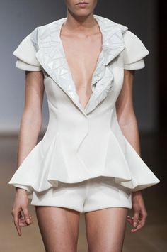 View all the detailed photos of the On Aura Tout Vu haute couture spring 2014 showing at Paris fashion week.  Read the article to see the full gallery.