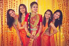 Super Ideas For Wedding Diy Bridesmaid Girls Crazy Wedding Photos, Wedding Group Photos, Wedding Picture Poses, Wedding Couple Photos, Funny Wedding Poses, Indian Wedding Photography Poses, Bride Photography, Group Photography, Photography Flowers