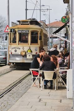 "This set of photos is so ""very Porto"" to me… it's Tram which runs between Igreja de São Francisco and Jardim do Passeio Alegre. Visit Porto, Visit Portugal, Porto City, Street Run, Tramway, Public Architecture, Buses And Trains, Douro, London Transport"