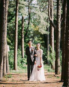 Useful Wedding Event Planning Tips That Stand The Test Of Time Pre Wedding Poses, Pre Wedding Photoshoot, Wedding Shoot, Wedding Couples, Foto Wedding, Korean Wedding, Wedding Preparation, Bride Look, Wedding Photo Inspiration