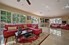 Love the red leather couches http://ift.tt/2bgFNmJ