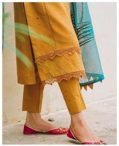 Pakistani Fashion Party Wear, Pakistani Dresses Casual, Pakistani Dress Design, Pakistani Designers, Simple Kurta Designs, Kurta Designs Women, Salwar Designs, Fancy Dress Design, Stylish Dress Designs