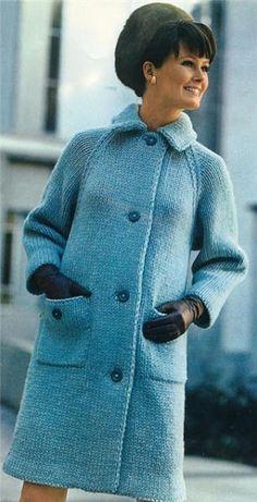 Серо-голубое пальто спицами - Retro