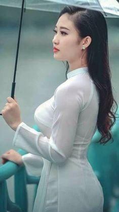 Best 12 Beautiful Vietnamese Women – Page 671951206880779397 – SkillOfKing. Ao Dai, Beautiful Asian Women, Sexy Asian Girls, Traditional Dresses, Indian Beauty, Asian Woman, Beauty Women, Lady, White Dress