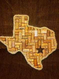The Texas shaped wine cork board is cool. Cool Wine Cork Board Ideas, http://hative.com/cool-wine-cork-board-ideas/,