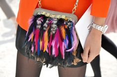 A Matter Of Style: DIY Fashion: DIY idea: the feather clutch