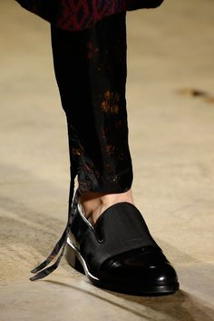 Dries Van Noten Fall 2015 Menswear Fashion Show Details