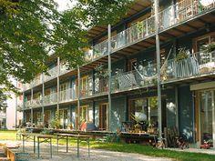 Definition of a passive house Architecture Résidentielle, Architecture Visualization, Habitat Groupé, Chic Apartment Decor, Eco City, Porch And Balcony, Timber Buildings, Social Housing, College Tips