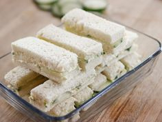 Cucumber Finger Sandwiches recipe from Ree Drummond via Food Network (Especially like butter on one side and mayo mixture on other. Might add some fresh dill to mayo mix.) recipes for two recipes fry recipes Mini Sandwiches, Cucumber Sandwiches, Easy Finger Sandwiches, Brunch Recipes, Appetizer Recipes, Tea Recipes, Dessert Recipes, Cold Appetizers, Cheesecake Recipes